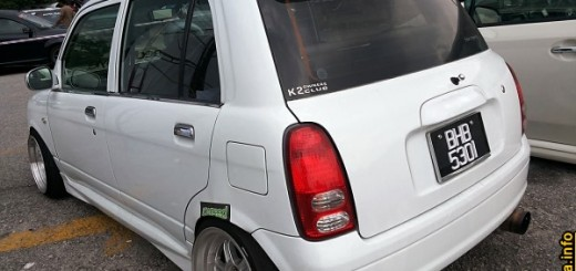 modified kelisa daihatsu mira cuore body part kangkang stance~01.jpg
