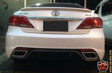 modified toyota camry aurion custom bumper fiber works body kit.jpg