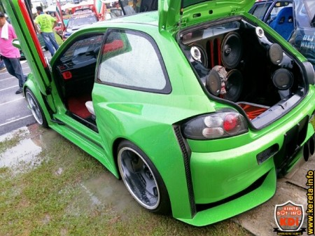 satria wide body kit proton scissors door~04.jpg